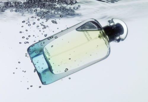 Parfum dans l'eau 3